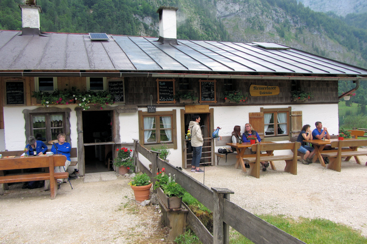 Snack time on the Alm by the Königssee