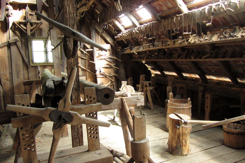 A woodworking workshop at Museumsdorf Bayerischer Wald
