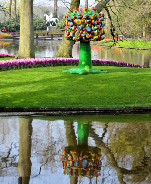 Sculptures in Keukenhof, Lisse, The Netherlands